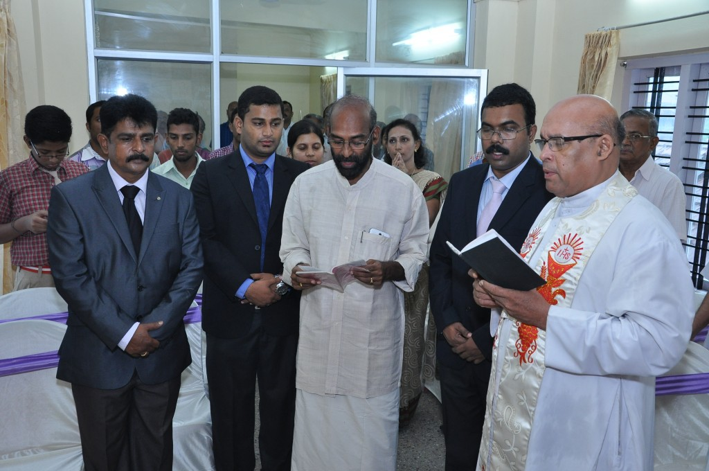 SIPSS GLOBAL INDIA PVT LTD Thrissur Regional Office inauguration function -  Blessing by V. REV. Fr. Davis Pulikottil  (Forane Vicar of Shrine Baslica of Our Lady of Dolours Church Thrissur)