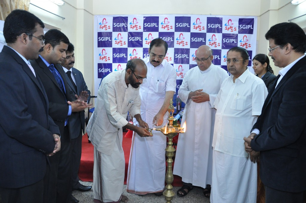 SIPSS GLOBAL INDIA PVT LTD Thrissur Regional Office inauguration function -    Lighting the Lamp by Mr. Paulson Alappatt (Chairman The Trichur Urban Corporative Bank)