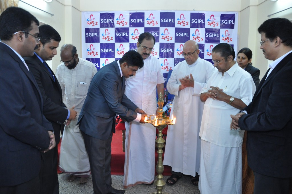 SIPSS GLOBAL INDIA PVT LTD Thrissur Regional Office inauguration function -    Lighting the Lamp by Mr. Suryakumar Haleyur Shivaraj (Managing Director SGIPL)