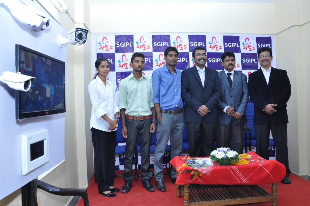SIPSS GLOBAL INDIA PVT LTD Thrissur Regional Office inauguration function -    SGIPL Thrissur Team (From Left - Mr. Stanley Jose (Regional Manager), Mr. Suryakumar Haleyur Shivaraj (Managing Director) Mr. C K Sreegith (Director - Operations), Mr. Nikhil Raj P (Lead- Analyst), Mr. Jeswin Sibi (Customer Service Engineer), Ms. Anumol  (Office Admin)